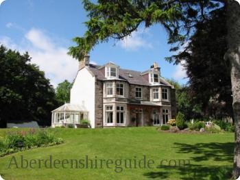 Clunie Lodge Guest House
